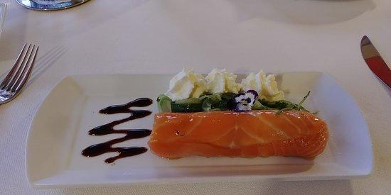 Aillant-sur-Tholon, Frankrijk: Cannelloni de saumon