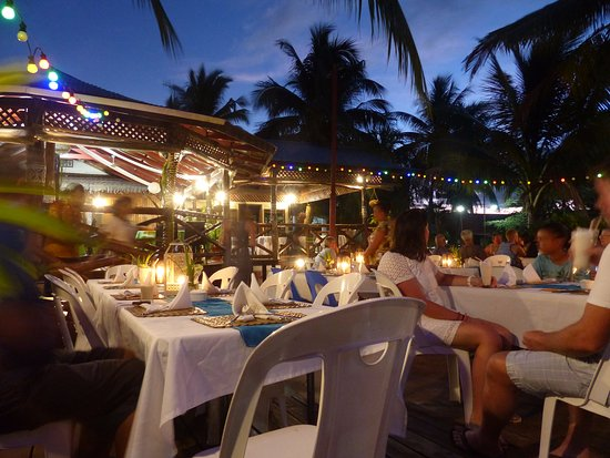 Asau, Samoa: Ready for another night of wining and dining
