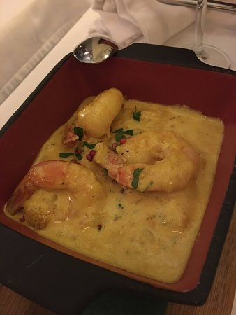 Meze By Lemon Tree: Las gambas en salsa
