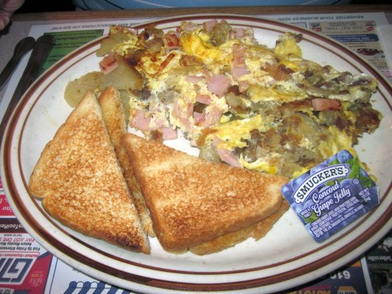 Pipersville, Pennsylvanie : The Scrambler with Whole Wheat Toast