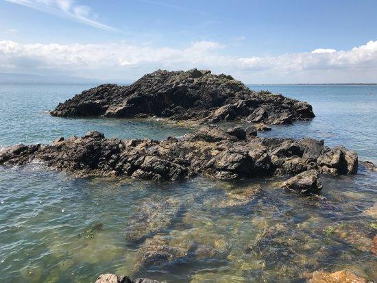 Howth, Ireland: Rocky beach