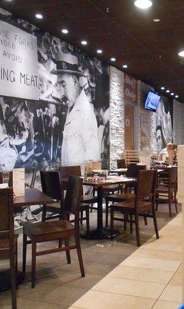 Roadhouse Grill: Buona la scelta del menù per piatti alla americana