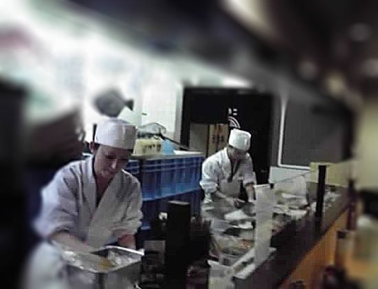 Meguro, Japan: Twin sushi chefs at work