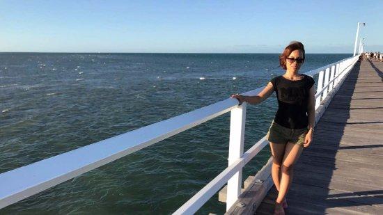 urangan pier and my wife ハーヴィー ベイ the pierの写真