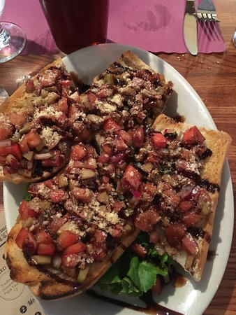 East Dennis, MA: Bruschetta appetizer.