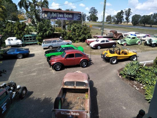 Gympie, Australië: Just some of the cars to look at