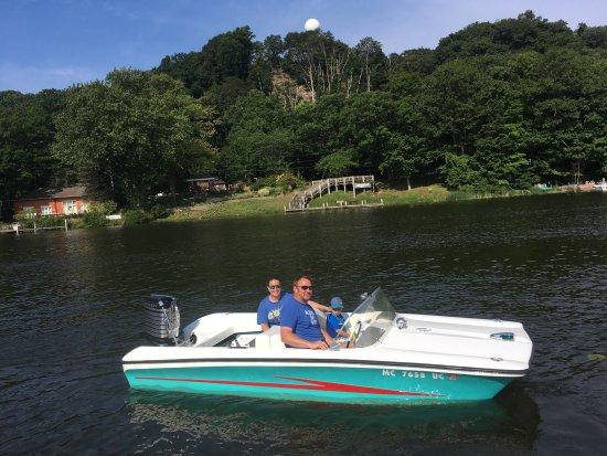 Retro Boat Rentals: photo0.jpg