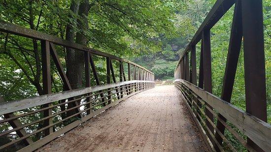 Hudson, WI: Pretty bridge
