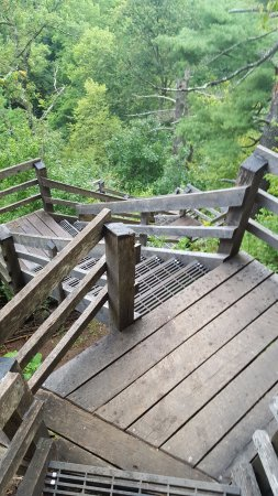 Hudson, WI: Nice steps leading up to Overlook Point