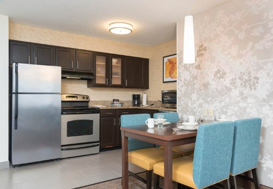 Grandville, MI: Two-Bedroom Suite - Kitchen