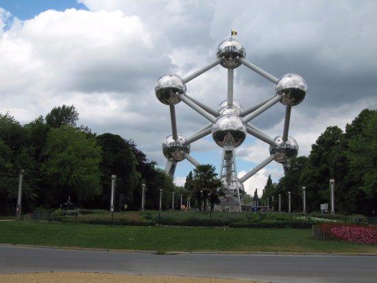 Atomium : Атомиум