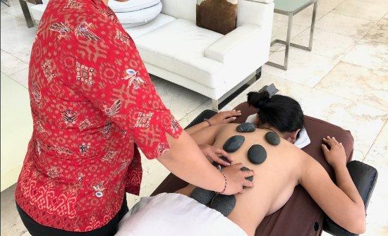 Kerobokan, Endonezya: Hot Stone Massage