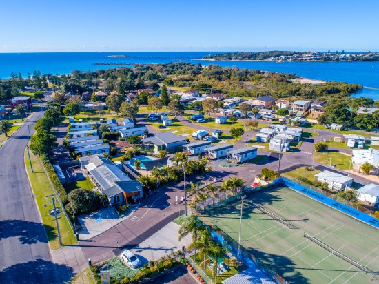 Aerial view of Blacksmiths Beachside Holiday Park