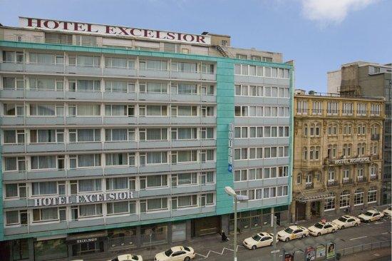 Hotel Excelsior: Summer image
