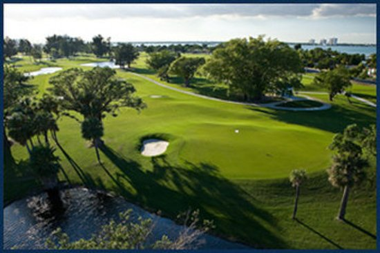 North Bay Village, FL: Normandy Shores Club