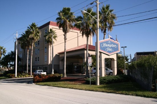 Hampton Inn Tampa / Rocky Point - Airport: Hotel Exterior