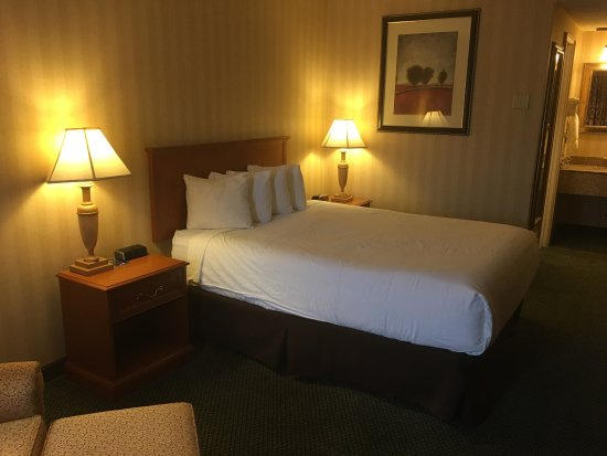 Red Lion Inn & Suites Missoula : photo3.jpg