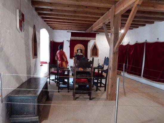 Piccola Sala Da Pranzo : La sala da pranzo piccola foto di castello di predjama postumia