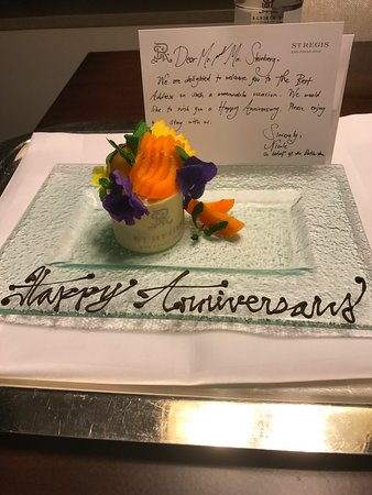 The St. Regis San Francisco: Anniversary treat when we returned first night - Well done!