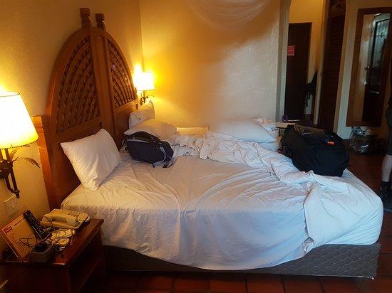 Rainbow Hotel Victoria Falls: 20170814_072812_large.jpg