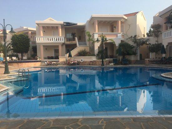 Sissy Village Hotel: photo1.jpg