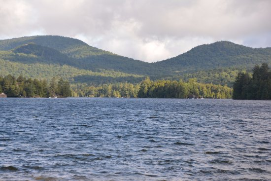 Shamrock Motel & Cottages: View From The Jetty - Long Lake