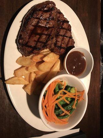 Buderim, ออสเตรเลีย: Crumptious Teriyaki steak