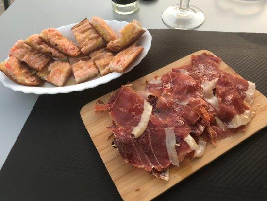 Sant Julia De Vilatorta, สเปน: Jamon, y pan con tomate
