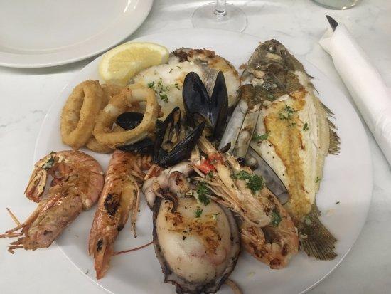 restaurante ter-mar: Seiche, crevettes, calamars... Miaaaaaaaaaaammmmm