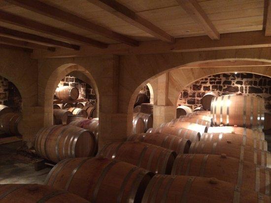 Пьюсегин, Франция: les caves
