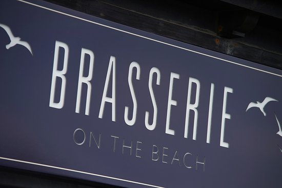 Bexhill-on-Sea, UK: To the Brasserie on the Beach