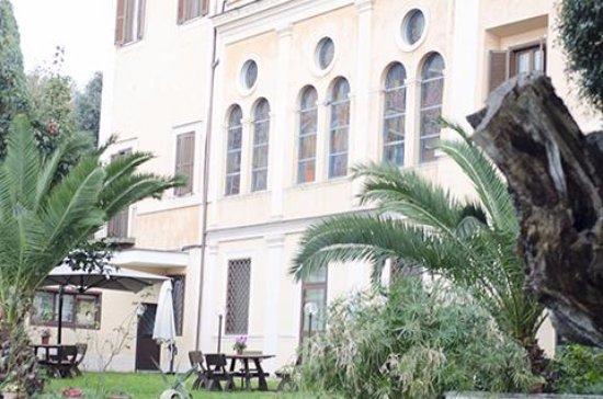 Villa Altieri Albano Laziale Telefono