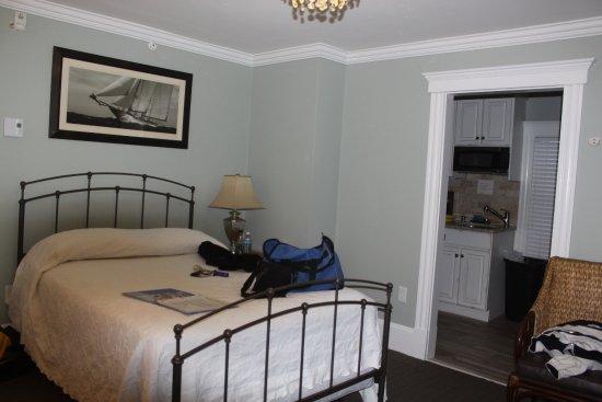 Winthrop, MA: Room 202