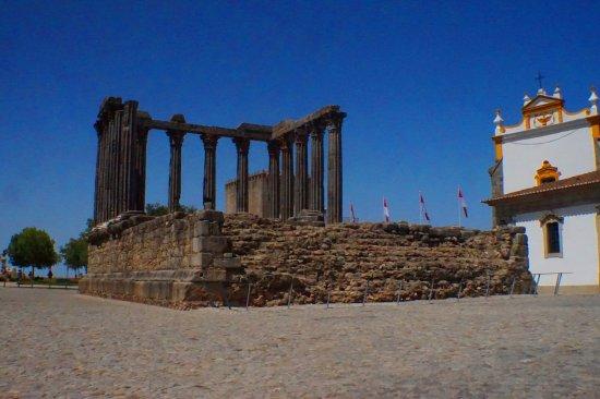 Фотография Templo Romano de Évora (Templo de Diana)
