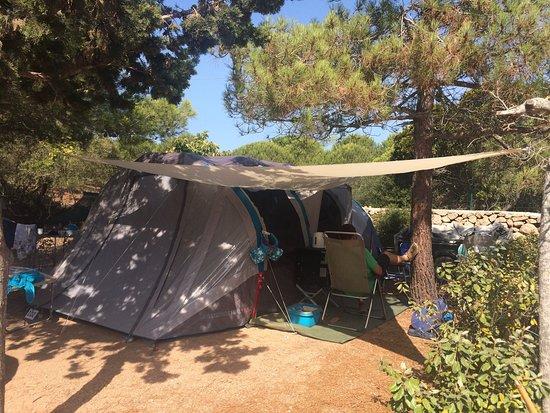 Camping des iles bonifacio france voir les tarifs et - Camping bonifacio piscine ...