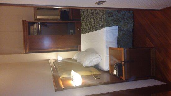 Hotel Serena: IMG-20170820-WA0028_large.jpg