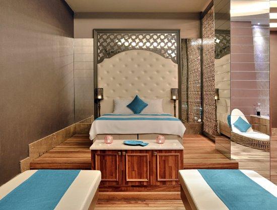 sunis efes royal palace resort hotel spa ozdere. Black Bedroom Furniture Sets. Home Design Ideas