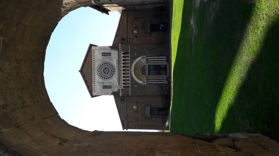 Tuscania, Italia: 20170821_164711_large.jpg