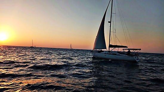 Galeynaama yachts charter