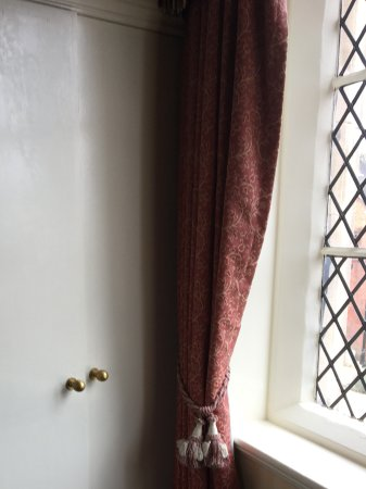 Crewe, UK: Wardrobe in corner