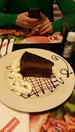 Roadhouse Grill: Torta al cioccolato
