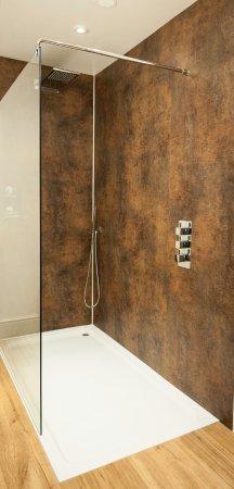 Constable Burton, UK: Room 6 bathroom