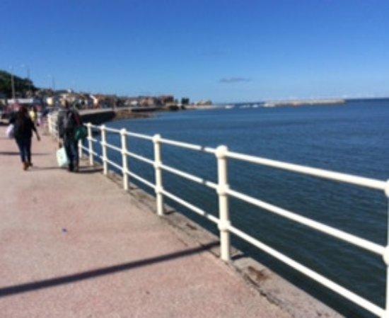 Rhos-on-Sea, UK: The Promenade