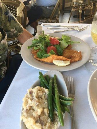 Tuckerton, نيو جيرسي: Panini Bay Waterfront Restaurant