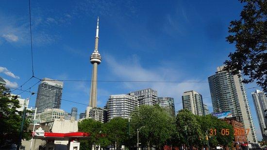 Super 8 Downtown Toronto: CN Tower zu Fuß zu erreichen