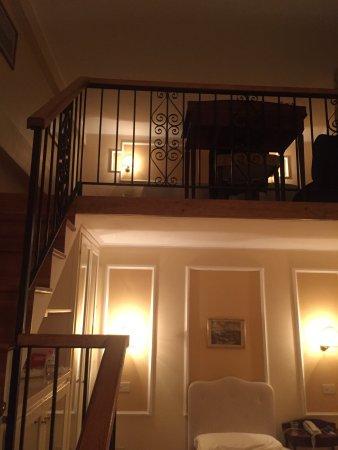 City Hotel: Room 309