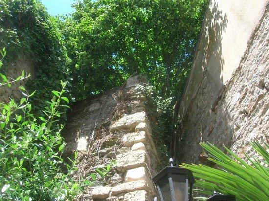 Pizzeria du Chateau: Vue de la terrasse du restaurant prise de notre table