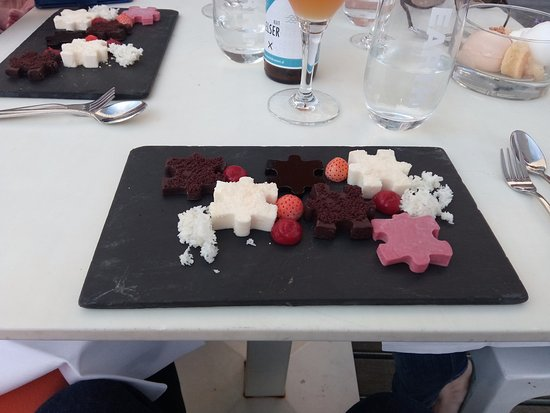 Room Mate Aitana : Puzzle Dessert