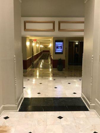 Bourbon Orleans Hotel: Beautiful elegant hotel!! Love love Bourbon New Orleans!!