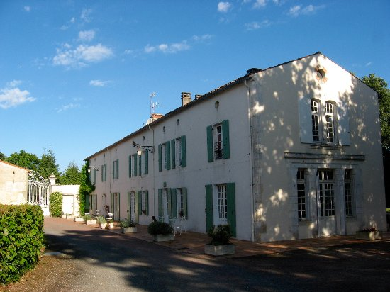 Puyravault, France: La Maison d'hôtes 'Le Clos de la Garenne'
